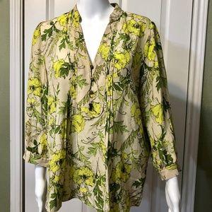 Banana Republic M Silk Green floral pleated blouse